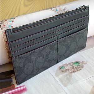 Coach leather card case/wallet w/zip phone case